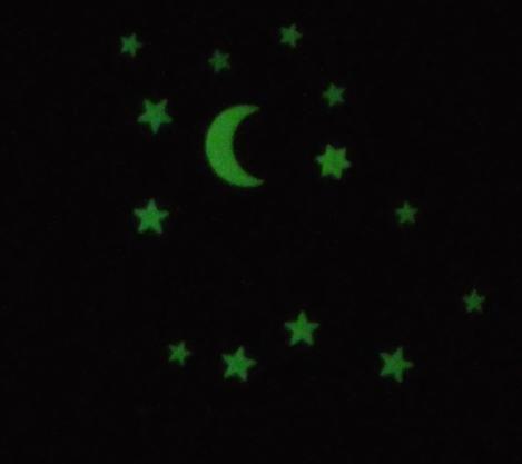étoiles et lune phosphorescentes